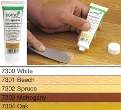 How To Paint Wood – Filling Cracks and Sanding Down Wood